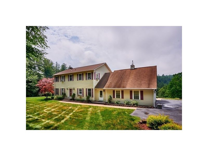 290 West Mountain Road Listing Photo