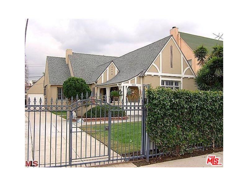 4026 Ingraham Street Listing Photo
